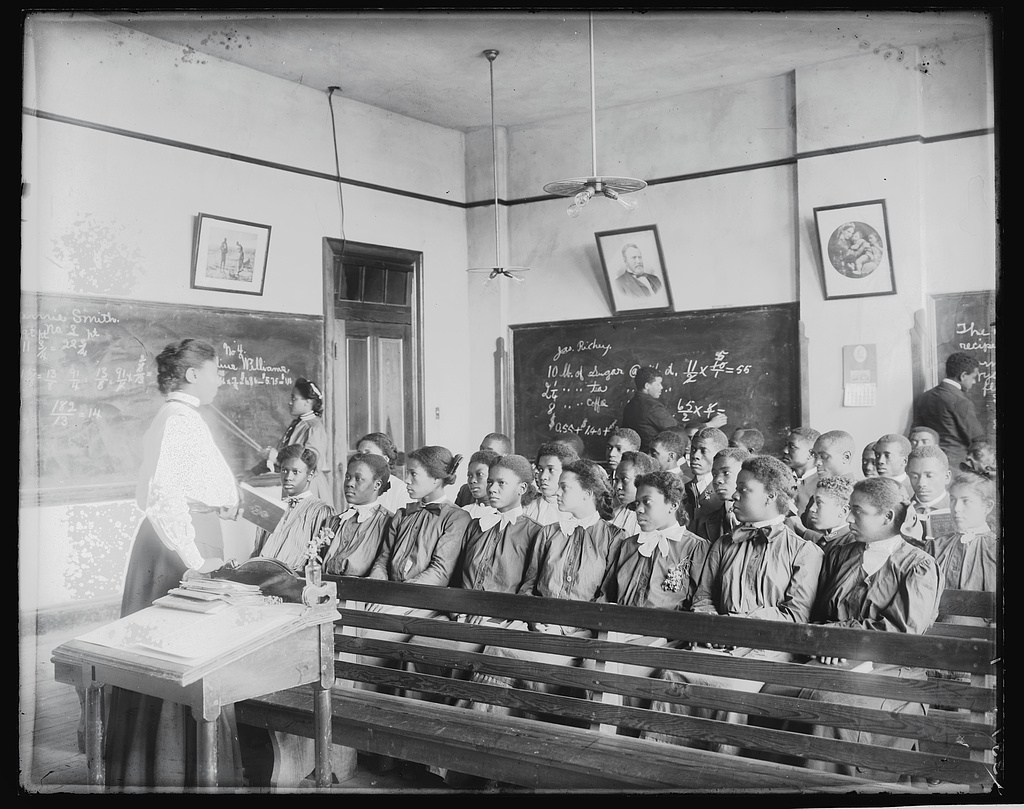 Mathematics class at Tuskegee Institute, 1906