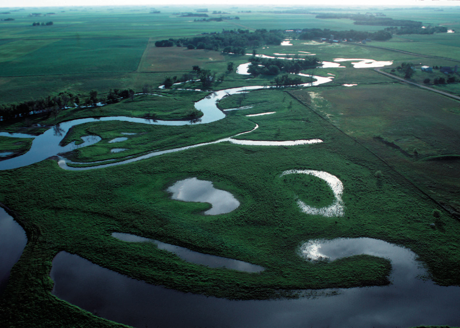 Riverine wetlands in northwest Iowa