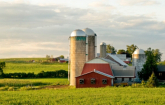 Farm with barn and silo (Copyright IStock)